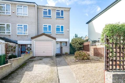 Halifax Street, Sydenham, London, SE26. 4 bedroom end of terrace house for sale