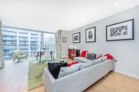 Hepworth Court, Grosvenor Waterside, 30 Gatliff Road, London SW1W. 3 bedroom flat