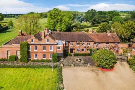Ripley, Surrey. 8 bedroom house