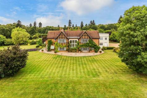 Ockham Lane, Cobham. 5 bedroom house