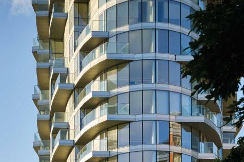 Charrington Tower, 11 Biscayne Avenue, London E14. 3 bedroom flat for sale