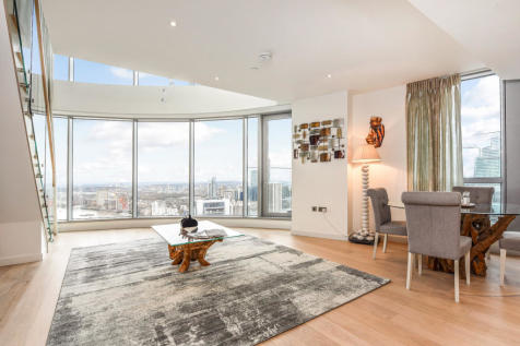 Charrington Tower, Biscayne Avenue, London E14. 3 bedroom flat for sale