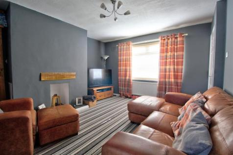Bernard Shaw Street, Houghton Le Spring. 2 bedroom end of terrace house