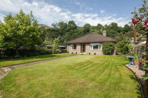 24 Main Street West, Menstrie, Clackmannanshire, FK11 7BS. 4 bedroom bungalow for sale