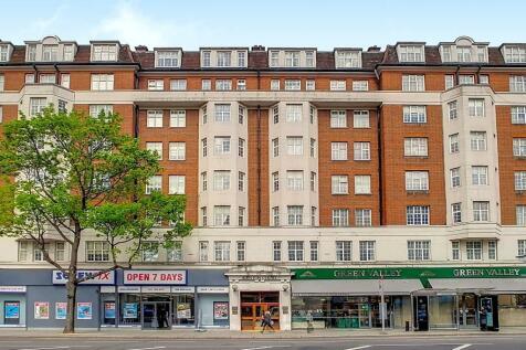 Kensington High Street, London, W14. 1 bedroom flat