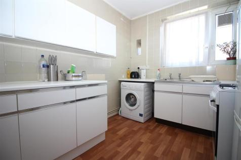 Wickford Street, London. 2 bedroom flat