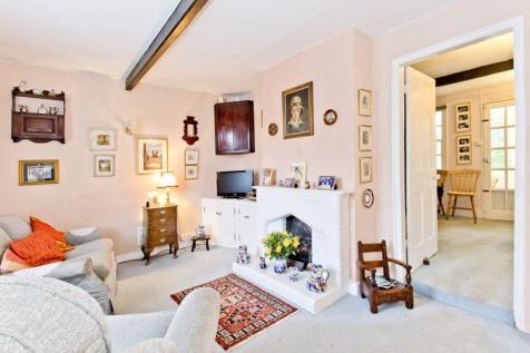 Charming End of Terrace 3 Bedroom Cottage, Stonewall Park Road, Tunbridge Wells. 3 bedroom end of terrace house