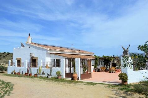 Andalucia, Almería, Los Gallardos. 3 bedroom villa for sale