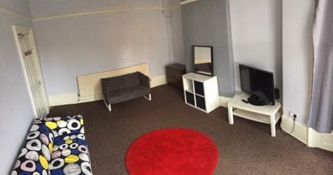 Western Bank, Sheffield, S10. 5 bedroom semi-detached house