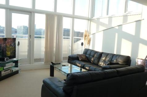 5 Royal Quay Docklands L3. 2 bedroom apartment