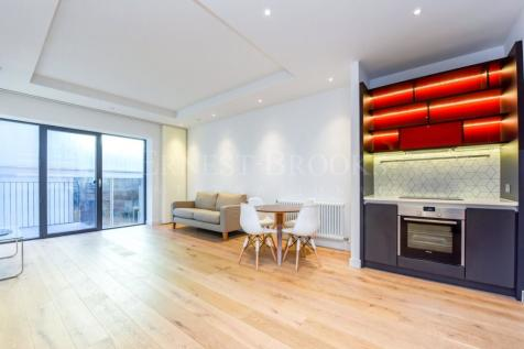 Modena House, City Island, Canning Town, E14. 1 bedroom apartment