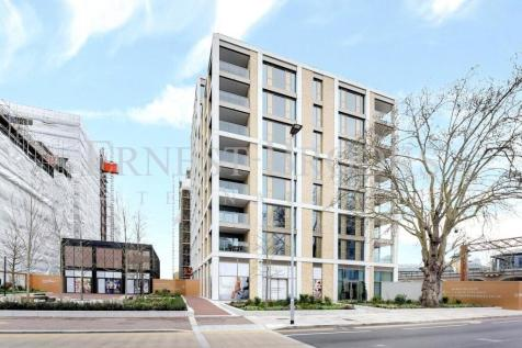 Huntington House, Prince Of Wales Drive, Battersea, SW11. 2 bedroom apartment