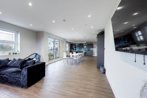 King Edwards Road, Swansea, Wales, SA1. 10 bedroom flat