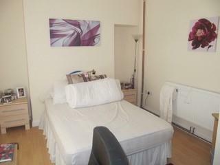 St. Helens Avenue, Swansea, Wales, SA1. 5 bedroom terraced house