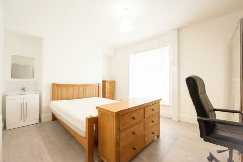 Western Street, Swansea, Wales, SA1. 4 bedroom terraced house