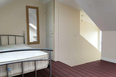 Trafalgar Place, Swansea, Wales, SA2. 5 bedroom terraced house