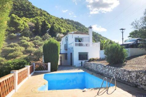 Andalucia, Malaga, Frigiliana. 2 bedroom villa for sale