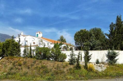 Andalucia, Malaga, Sedella. 2 bedroom villa for sale