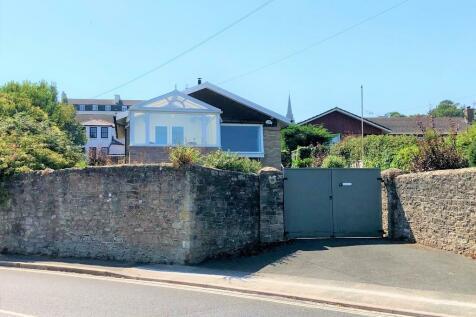 Spencer Road, Ryde. 3 bedroom detached bungalow