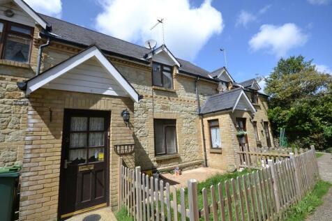 Leed Street, Sandown. 2 bedroom terraced house