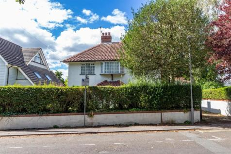 St Peters Road, Ashley Cross. 4 bedroom detached house