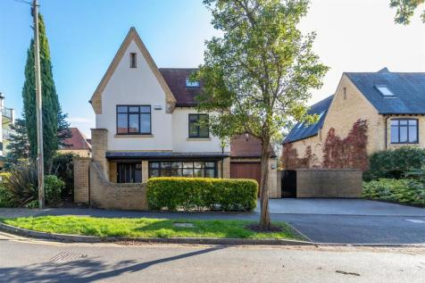 Wyndham Road, Lower Parkstone. 4 bedroom detached house