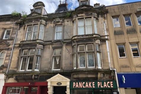 106 High Street, Elgin, Moray, IV30. 2 bedroom flat