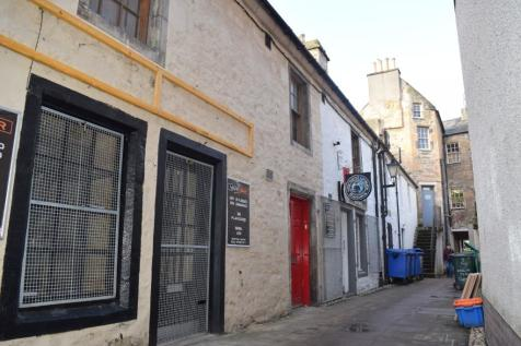 Harrow Inn Close, Elgin, Moray, IV30. 1 bedroom flat