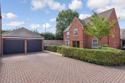 Calgary Close, Purbrook. 4 bedroom detached house