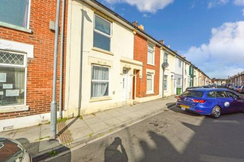 Station Road, Portsmouth. 2 bedroom terraced house