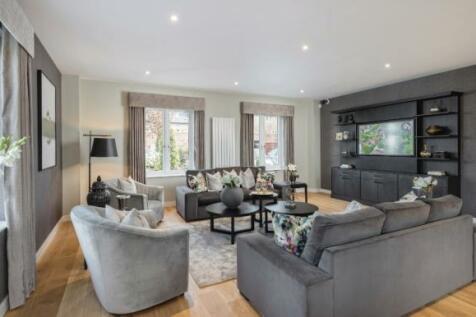 Southdown Road, Harpenden,  Hertfordshire  AL5 1PE. 3 bedroom terraced house for sale