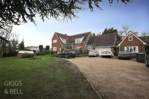 Sharpenhoe Road, Streatley, Luton, Bedfordshire, LU3. 4 bedroom detached house for sale