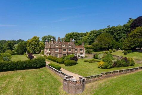 St. Albans, Hertfordshire, UK, AL3 8QH. 9 bedroom detached house for sale