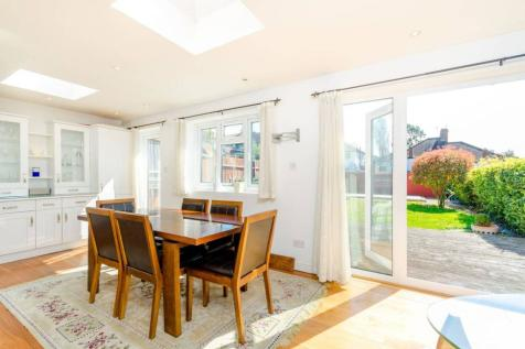 Beverley Gardens, Wembley, HA9. 4 bedroom house for sale