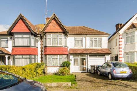 Queenscourt, Wembley, HA9. 4 bedroom house for sale