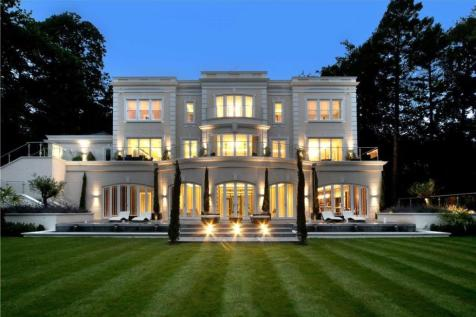 Rodona Road, St George's Hill, Weybridge, Surrey, KT13. 5 bedroom detached house