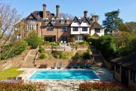 Yaffle Road, Weybridge, Surrey, KT13. 6 bedroom terraced house for sale