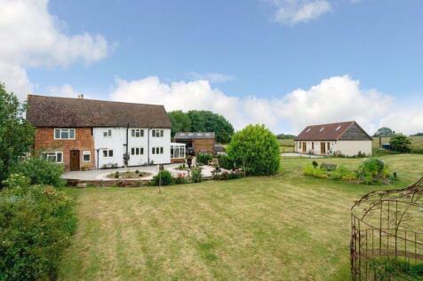 Great Billington. 4 bedroom detached house for sale