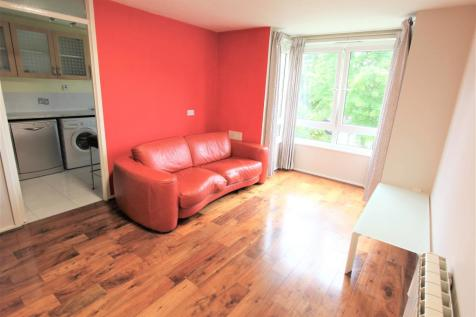 Hassendean Road, Blackheath SE3. 1 bedroom flat