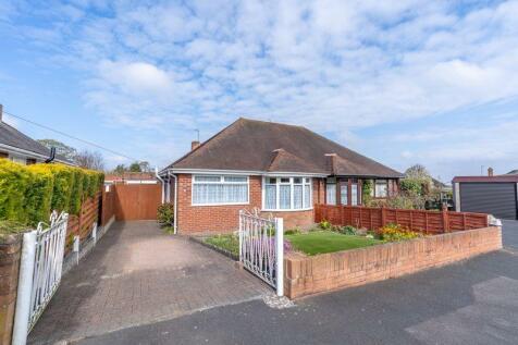 Meadow Road, Telford. 2 bedroom bungalow for sale