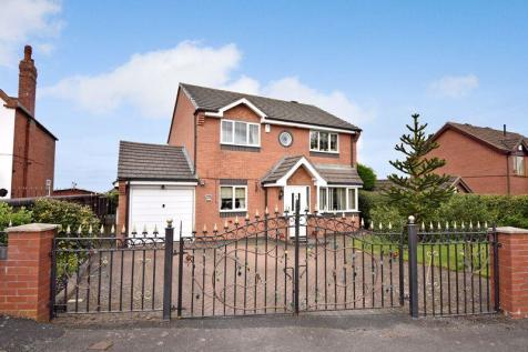 Hill Top, Telford. 4 bedroom detached house