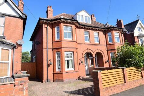 Haygate Road, Telford. 4 bedroom semi-detached house