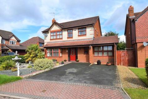 18 Chancery Park, Priorslee, Telford, TF2 9GP. 4 bedroom detached house