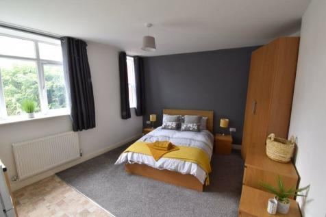 Room 8, Park House, Park Street, Wellington, Telford, TF1 3AE. 1 bedroom property