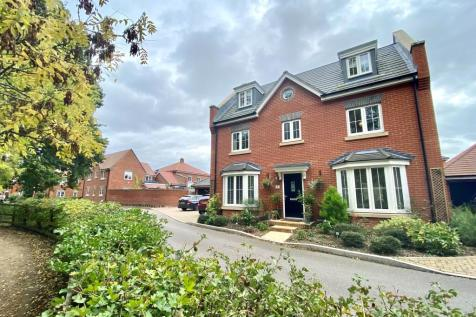 St. Savin, Hartley Wintney. 5 bedroom detached house for sale