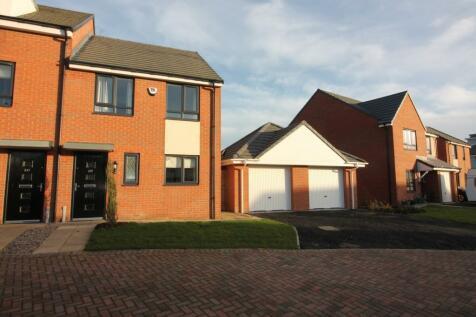 Mersey Road, Redcar, TS10. 3 bedroom semi-detached house
