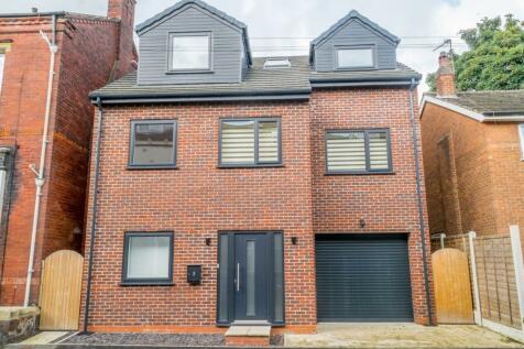 Westfield Terrace, Wakefield. 5 bedroom detached house for sale