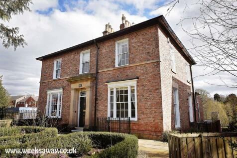Weeks Away Darlington - Large single family stays. 7 bedroom semi-detached house