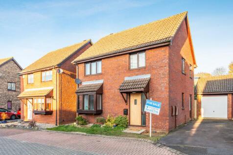 Holly Farm Close, Caddington, Luton Bedfordshire LU1 4ET. 3 bedroom detached house for sale