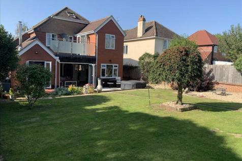 Hill Barton Road, Exeter. 4 bedroom detached house for sale